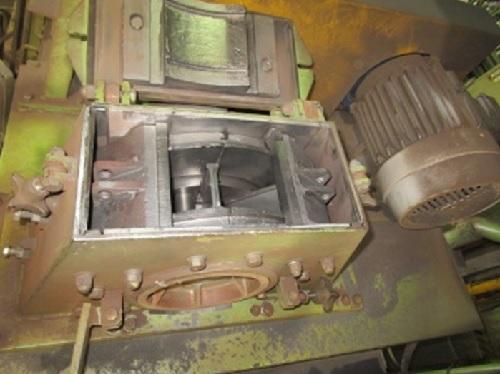 投射装置修理